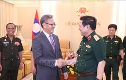 Đại tướng Ngô Xuân Lịch tiếp thân mật Đại sứ Lào tại Việt Nam