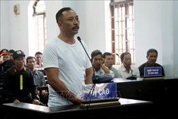 'Trùm' gỗ lậu Phượng 'râu' bị tuyên án 8 năm 6 tháng tù