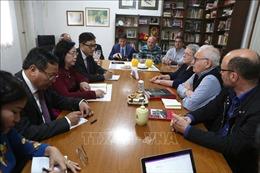 Đoàn đại biểu Thành ủy Hà Nội thăm và làm việc tại Argentina và Peru