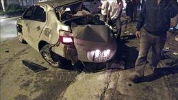 Xe khách giường nằm đâm tử vong 3 người ngồi trong xe con