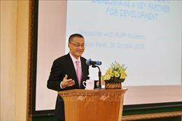 Đại sứ Việt Nam thuyết trình về chính sách đối ngoại tại Đại học Hoàng gia Phnom Penh