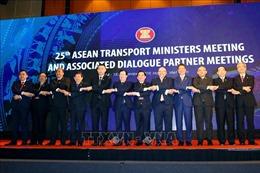 Xây dựng một 'ASEAN thông suốt'