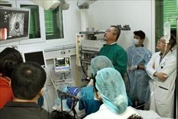 Y tế Thủ đô chuyển mình hội nhập - Bài 2: Phát triển kỹ thuật cao thu hút bệnh nhân