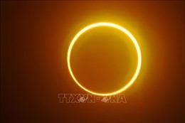 Chiêm ngưỡng nhật thực vòng tròn lửa siêu hiếm