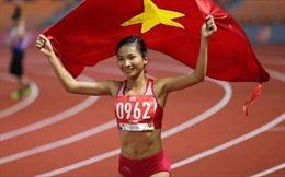 VĐV Nguyễn Thị Oanh 'mở hàng' HCV ngày 10/12