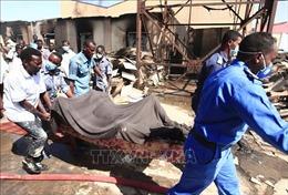 Nổ nhà máy ở Sudan: Thương vong tăng mạnh, nhiều người nước ngoài là nạn nhân