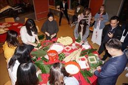 Cộng đồng người Việt ở nước ngoài vui đón Tết Nguyên đán Canh Tý