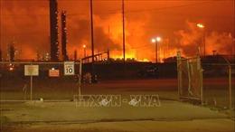 Nổ lớn tại nhà máy lọc dầu của Exxon Mobil