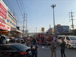 Vụ xả súng tại Thái Lan: Toàn bộ con tin được giải cứu, thủ phạm vẫn lẩn trốn