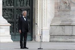 Danh ca opera Andrea Bocelli truyền tải thông điệp hy vọng