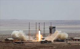 Công bố nhiều thiết bị quân sự do Iran tự sản xuất