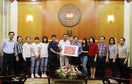 Nghĩa cử đẹp của những 'cô gái vàng' bóng đá Việt Nam trong đại dịch