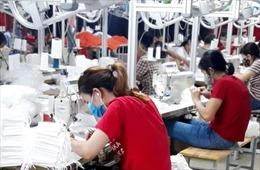 Công nhân Khu công nghiệp Vân Trung và Quang Châu (Bắc Giang) đã đi làm trở lại
