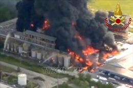 Nổ nhà máy hóa chất ở Venice