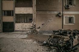 Tên lửa phóng vào Tripoli, ít nhất 5 thường dân thiệt mạng