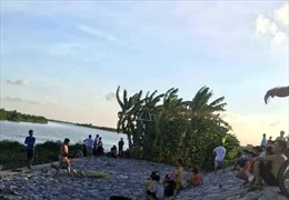 Tìm thấy thi thể 2 học sinh bị đuối nước ở sông Thái Bình