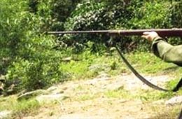 Một người đi săn tử vong trong rừng chưa rõ nguyên nhân