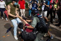 Cảnh sát Hong Kong bắt giữ nhiều người biểu tình trái phép