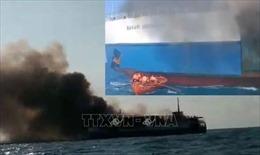 Cháy tàu chở hàng của Indonesia
