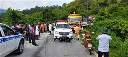 Tai nạn giao thông đặc biệt nghiêm trọng tại Kon Tum: Nỗ lực cao nhất đưa nạn nhân kẹt trong xe ra ngoài