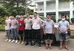 Tuần tra cao tốc Nội Bài - Lào Cai, phát hiện 5 người Trung Quốc nhập cảnh trái phép