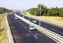Đầu tháng 9 sẽ bàn giao mặt bằng dự án cao tốc Phan Thiết - Dầu Giây