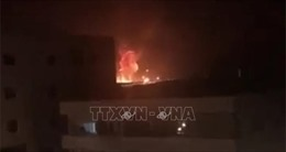 Hàng loạt vụ nổ lớn làm rung chuyển thành phố Zarqa của Jordan