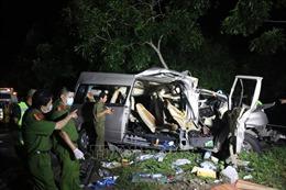 Khởi tố lái xe giao phụ xe điều khiển xe gây tai nạn làm 8 người tử vong