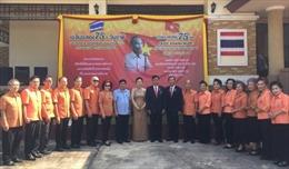 Kiều bào Udon Thani dâng hương tưởng nhớ Chủ tịch Hồ Chí Minh