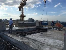 Hoàn thành phá dỡ tầng 18 tòa nhà 8B Lê Trực