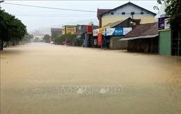 Nhiều nơi tại Quảng Bình bị chia cắt, cô lập do mưa lớn