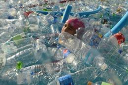 Thái Lan nghiên cứu dùng chất thải nhựa để làm đường giao thông