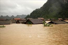 Đại sứ quán Malaysia ủng hộ người dân miền Trung bị thiệt hại do lũ lụt