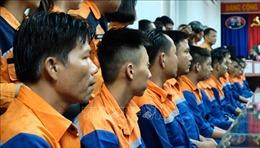 Cứu nạn 39 thuyền viên tàu câu mực gặp sự cố trên vùng biển quần đảo Trường Sa