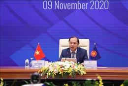 Các Bộ trưởng phụ trách các trụ cột Cộng đồng ASEAN và các quan chức cao cấp họp trù bị