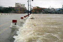 Lũ trên các sông tại Thừa Thiên - Huế đang lên, cảnh báo nguy cơ sạt lở, ngập lụt