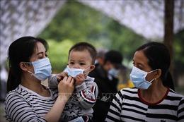 Chuyên gia quốc tế: Phản ứng nhanh chóng giúp Việt Nam chống COVID-19 thành công