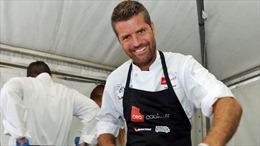 Facebook xóa tài khoản của đầu bếp nổi tiếng Australia do tung tin giả về COVID-19