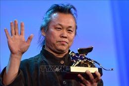 Đạo diễn Hàn Quốc lừng danh Kim Ki-duk tử vong do COVID-19