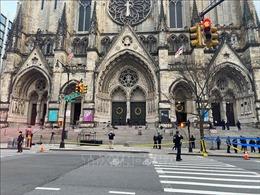 Nổ súng trong lễ đồng ca bên ngoài nhà thờ ở New York