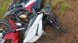 Xe máy đâm vào đuôi xe tải khiến một người tử vong