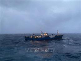 Lữ đoàn Tàu ngầm 189 Hải quân cứu hộ tàu chở hàng của Nga gặp nạn