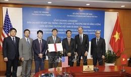 Việt Nam - Hoa Kỳ hợp tác về kinh tế, thương mại và năng lượng