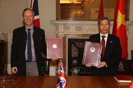 Trao Công hàm Hiệp định thương mại tự do Việt Nam - Anh