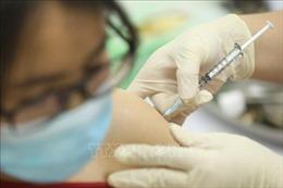 Sáu người đầu tiên tiêm thử nghiệm mũi 2 vaccine COVIVAC