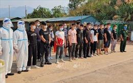 Bàn giao 20 công dân Trung Quốc nhập cảnh trái phép