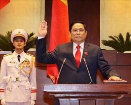 Thủ tướng Lào điện đàm chúc mừng Thủ tướng Chính phủ Phạm Minh Chính