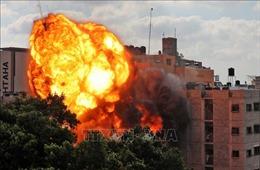 Một gia đình 10 người Palestine tử vong trong cuộc không kích của Israel