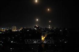 Các chuyến bay đến Tel Aviv chuyển hướng hạ cánh để tránh rocket