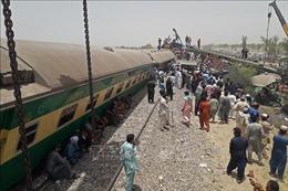 Gia tăng số người thiệt mạng trong vụ tai nạn đường sắt tại Pakistan